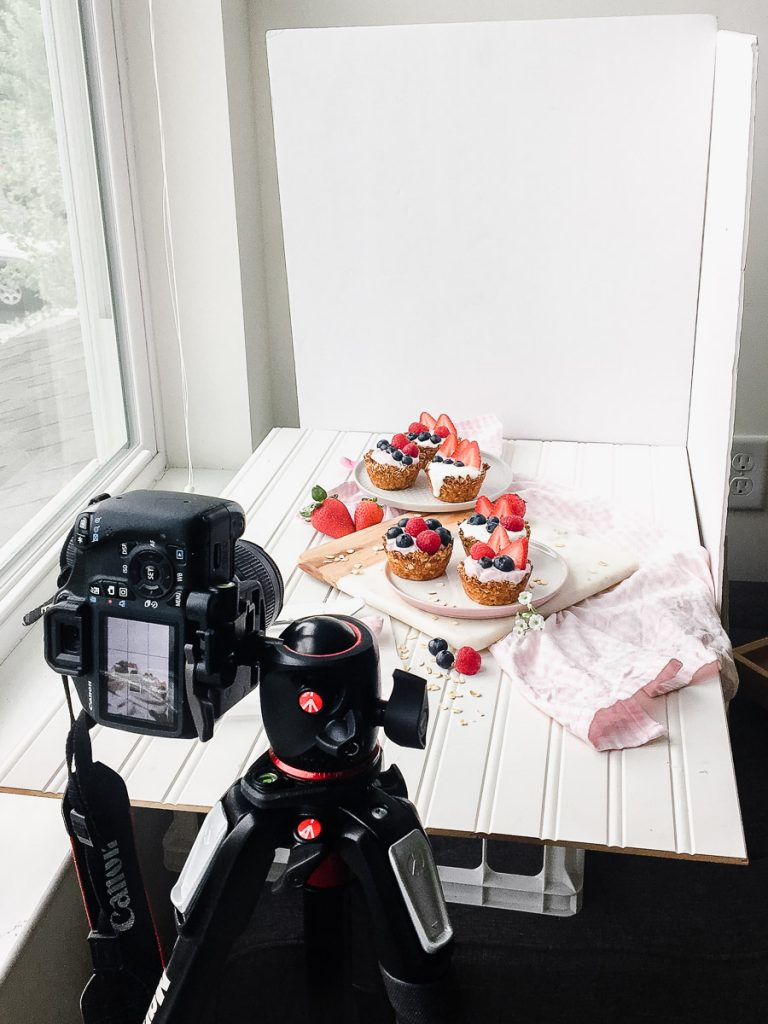Food Photography tips behind the scenes canon camera gear manfrotto tripod